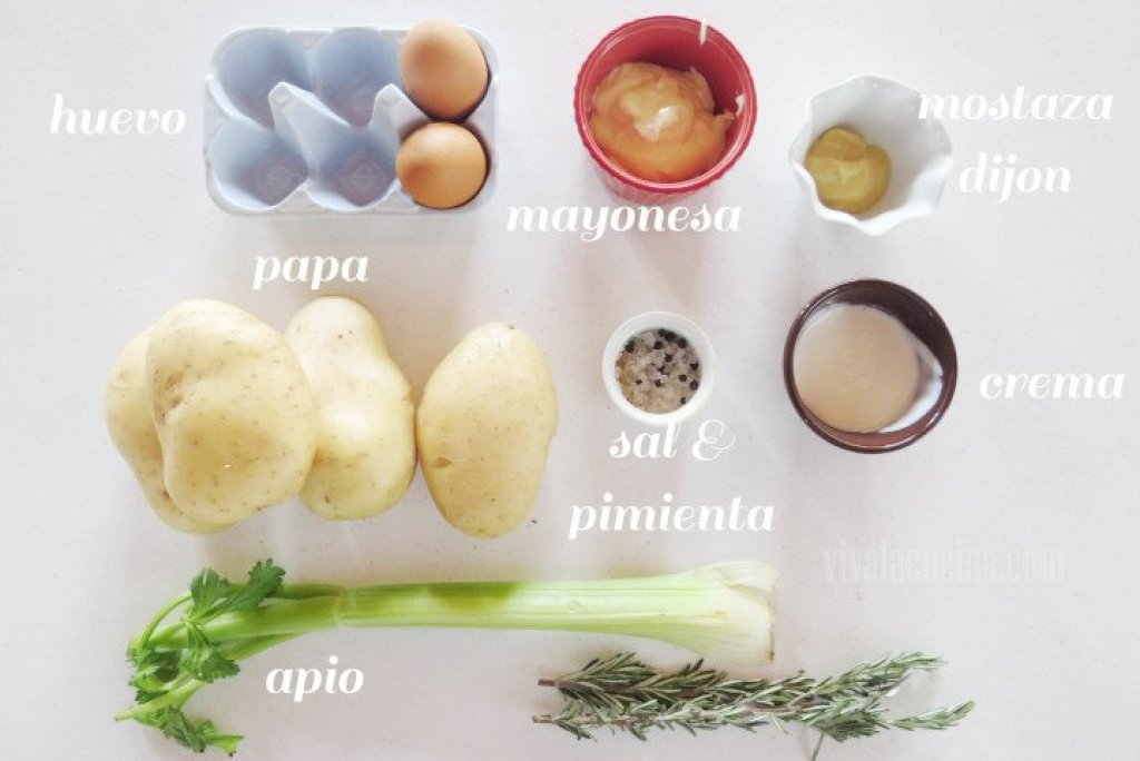 Ingredientes para preparar la Ensalada de Papa para Navidad:
