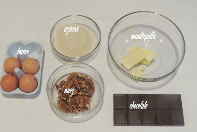 Ingredientes para el Pastel de Chocolate con Nueces Sin Gluten