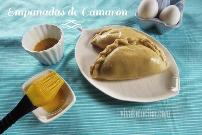 Empanadas Horneadas Rellenas de Guiso de Camarón (gambas)