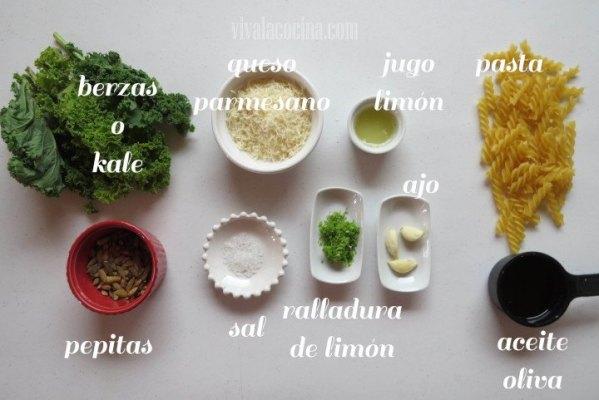 Ingredientes para preparar el pesto de kale
