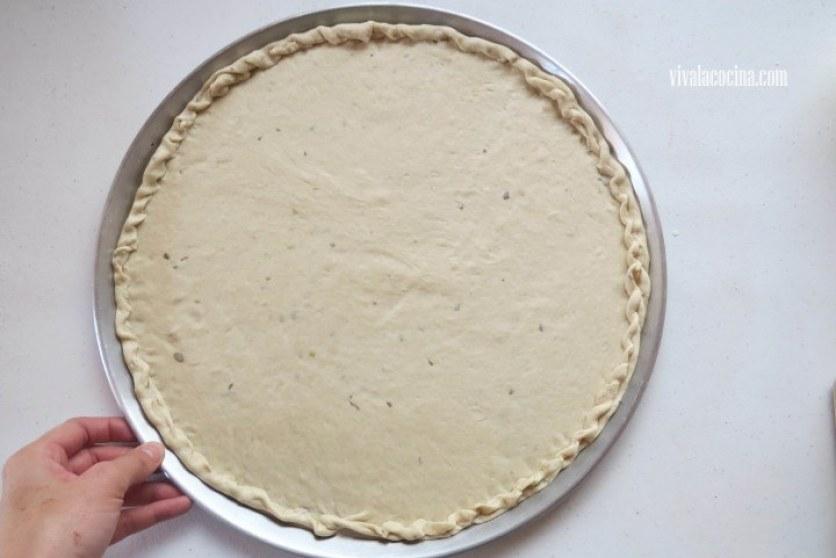 Formar la costra de la masa poniéndola en el horno