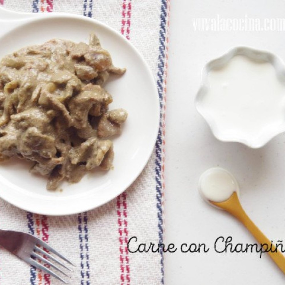 Carne con Crema y Champinones