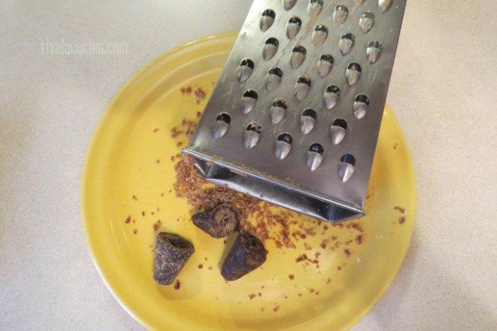 Cómo rallar el piloncillo