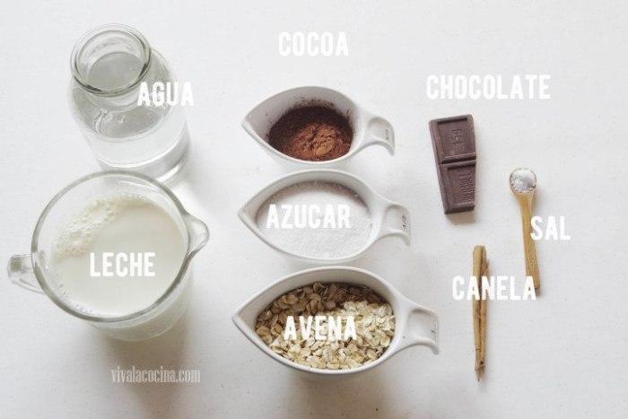 Ingredientes para preparar Atole de Avena con Chocolate