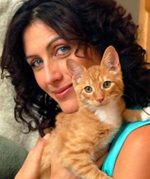 Lisa Edelstein, vegana y activista por los derechos de los animales, en Best Friends Magazine