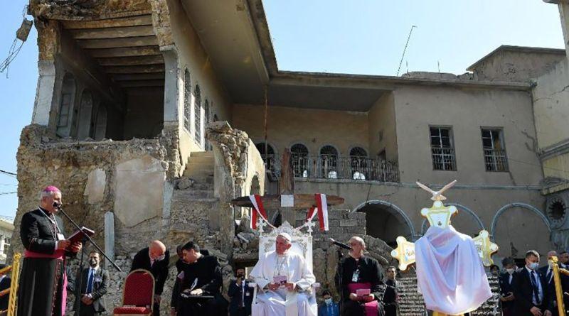 20210307-PopeFrancis-Mozul-Iraq-VaticanMedia-003.jpeg