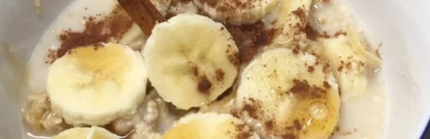 Papas de Aveia com banana, mel e canela