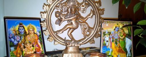O simbolismo das posturas de Yoga