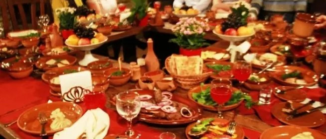 tavola-natale-mangiare