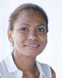julia-angulo