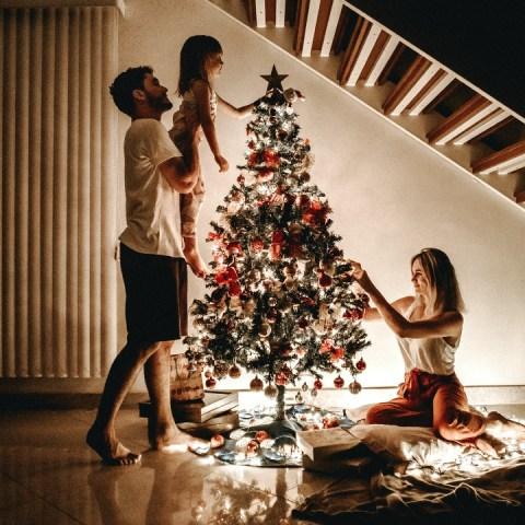 Poner la navidad en casa antes de tiempo te hace más feliz, según expertos
