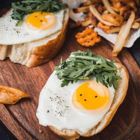 desayunar huevos podria ayudar a bajar de peso
