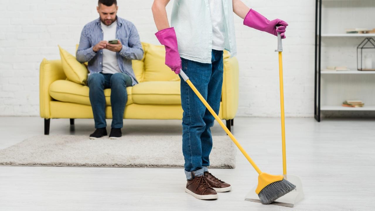 errores al barrer la casa limpieza hogar