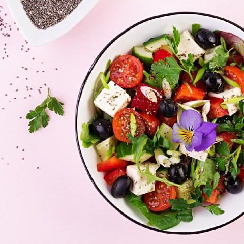 ensalada mediterránea receta cómo se hace