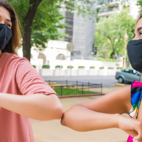 amigos pandemia seres humano relaciones personales