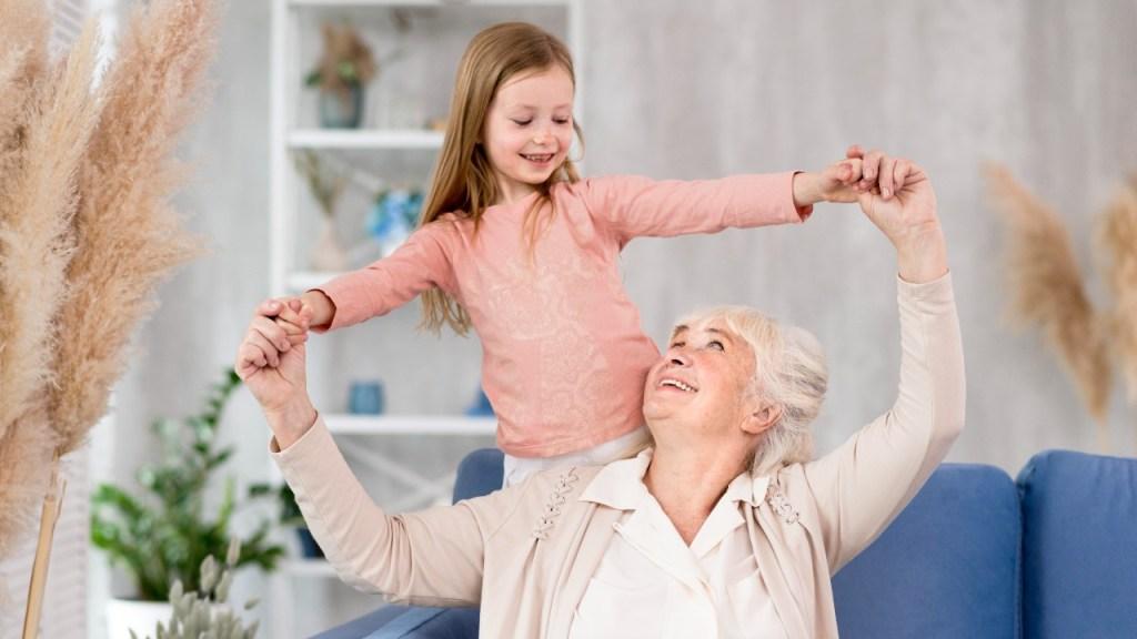 sabiduria de la abuela ayudara al desarrollo de tus pequeños