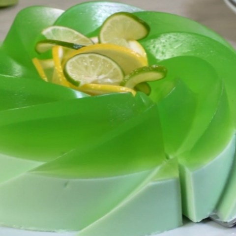 como hacer gelatina de refresco de limon con crema queso philadelphia