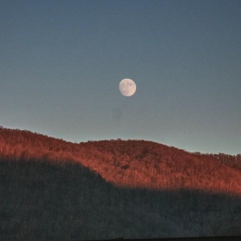 colores de la luna video nasa y astronoma