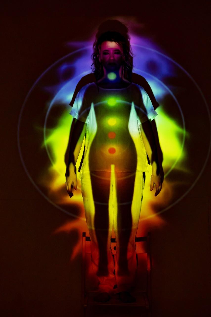 de que color es tu aura Prueba la tecnica del espejo espiritualidad