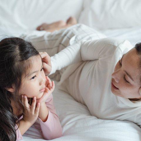 Por que decirle a tu hijo portate bien es un error