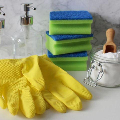 Remedios caseros para limpiar el microondas