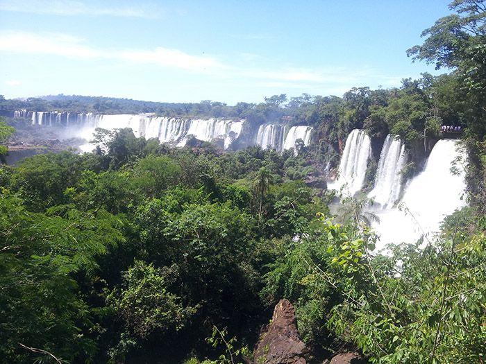 Primera imagen de las cataratas en el lado argentino