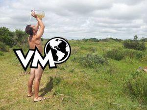 Una ducha en plena naturaleza como dios trajo al mundo