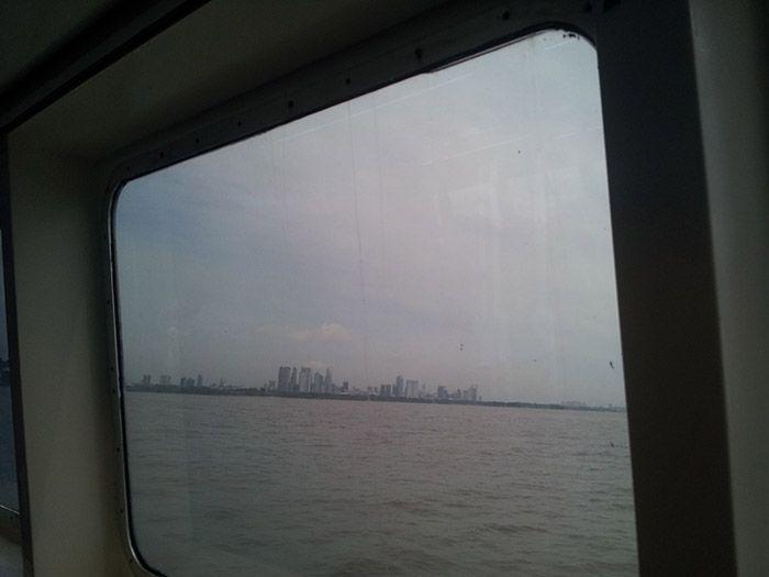 Llegando a Buenos Aires por el Río de la Plata