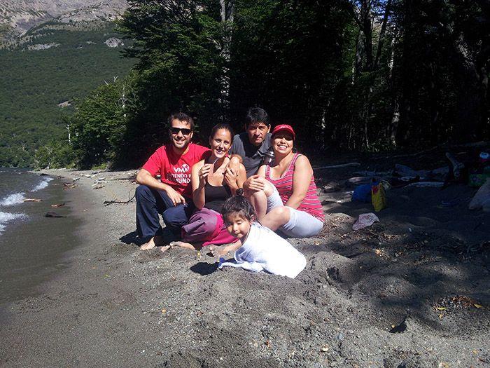 Tarde en familia en el Lago del Desierto