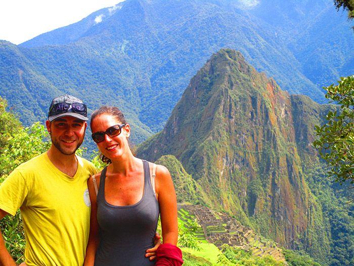¿Veis el Macchu Picchu allí abajo? pues cuanto más subíamos, más lejano se veía...