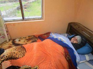 En Bolivia no hay calefacción: ¡a veces hay que meterse vestido en la cama para quitarse el frío!