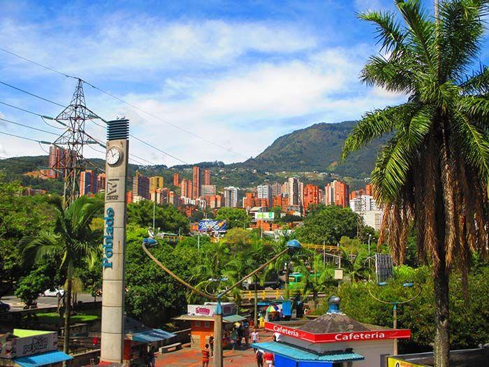 El barrio El Poblado es el más turístico y seguro de Medellín