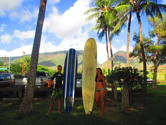 Surfeando en Lahaina con Philippe y Hana