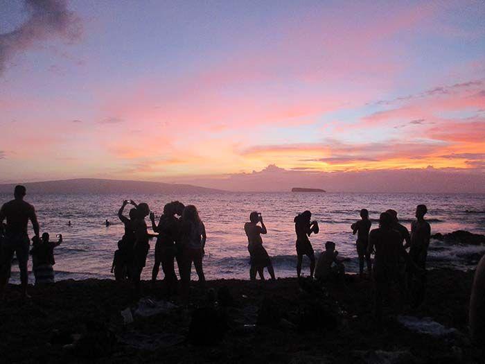 Drum Cercle de los domingos en Little Beach, Kihei
