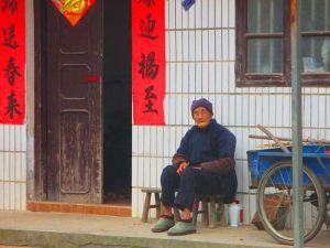 Mujer en Yangshuo, China.