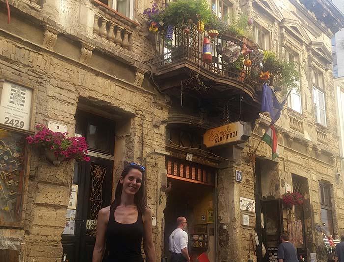 "Ruin Pub Budapest ""Szimpla Kert"""