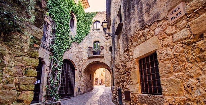 Los mejores pueblos medievales de Cataluña. Pals