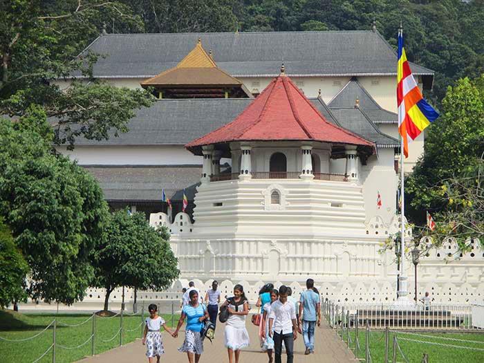 ¿Qué ver en Kandy? - El templo del Diente de Buda