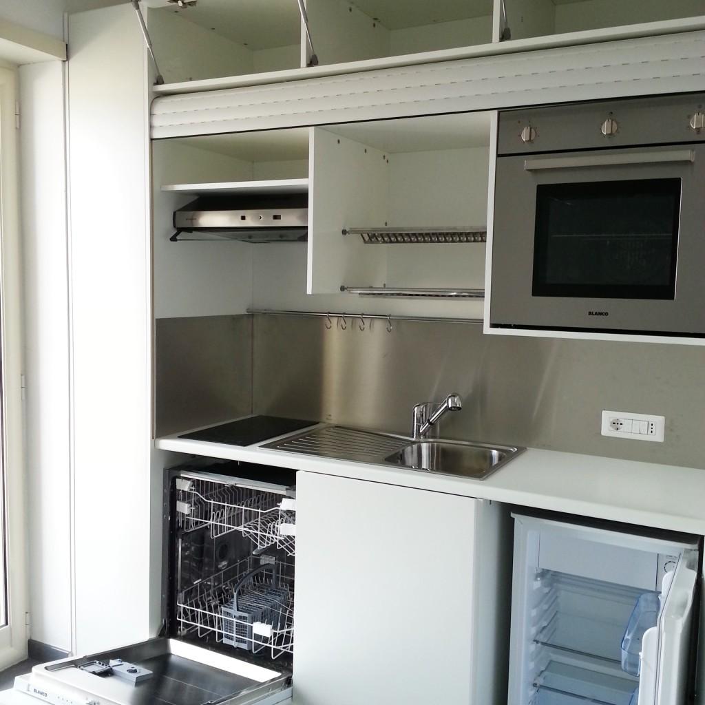 Cucina completa di tutto lavastoviglia forno in armadio compact art246 con