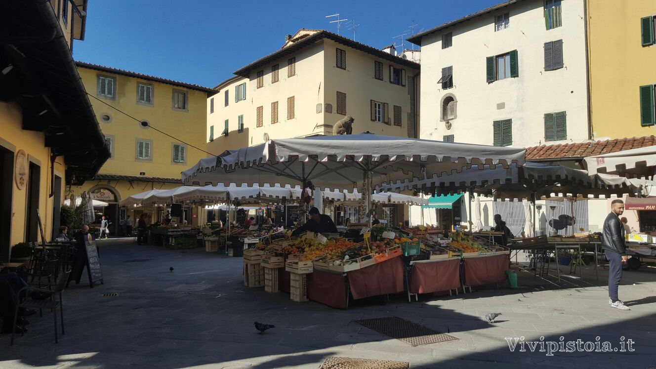 Piazza della Sala Pistoia  ViviPistoiait