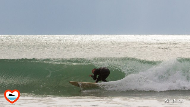 surfero-surfista-benidorm-playa