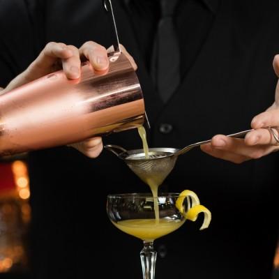 aperitivo bartender