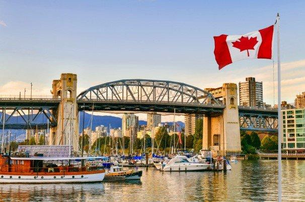Puedes estudiar psicología con una beca en Canadá