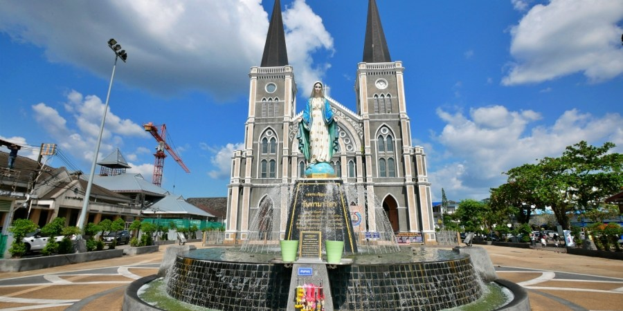 [泰國尖竹汶府]聖母無原罪教堂|泰國最大天主教堂~閃亮20萬顆寶石聖母瑪利亞&泰國最大寶石交易市場 @VIVIYU小世界