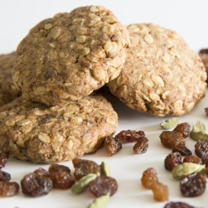 Oat Cardamon Cookies - The Good Stuff Bakery - Viv Online