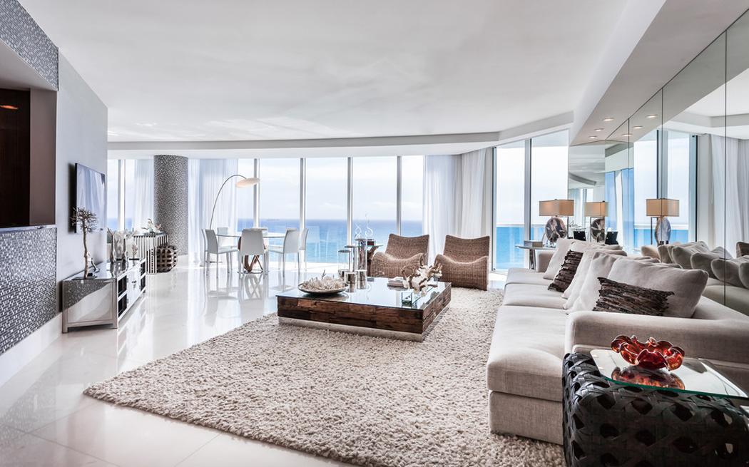 Appartement de luxe avec belle vue sur leau situ sur la