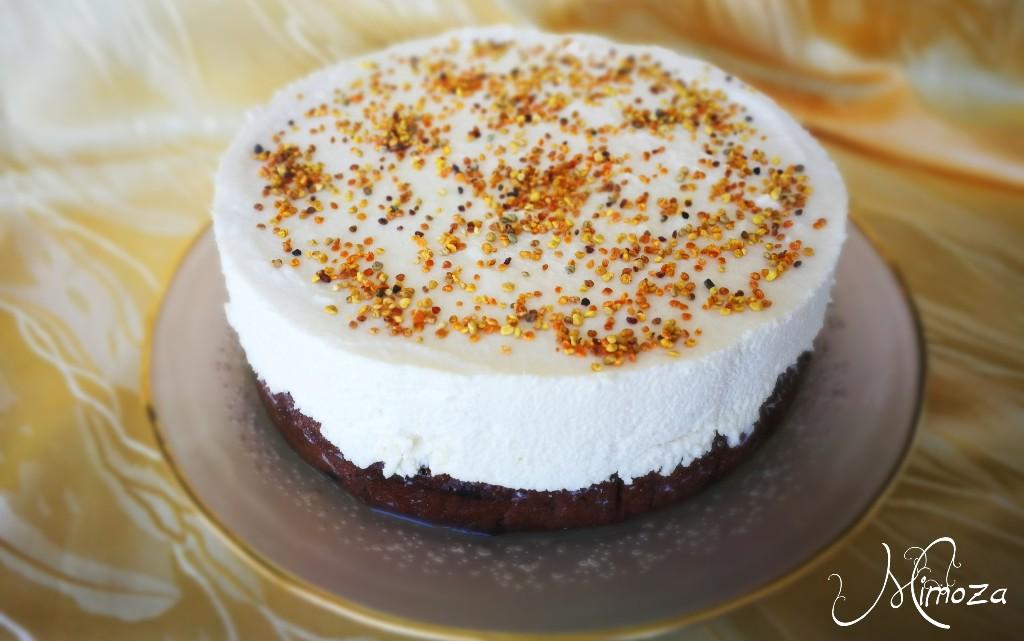 Орехова торта с бял крем