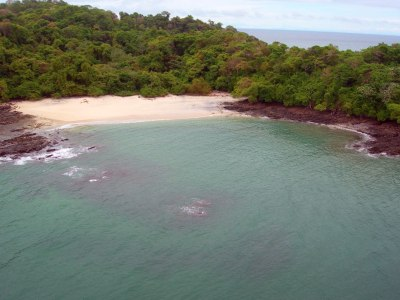 Private Islands for rent - Isla de Puercos - Panama ...