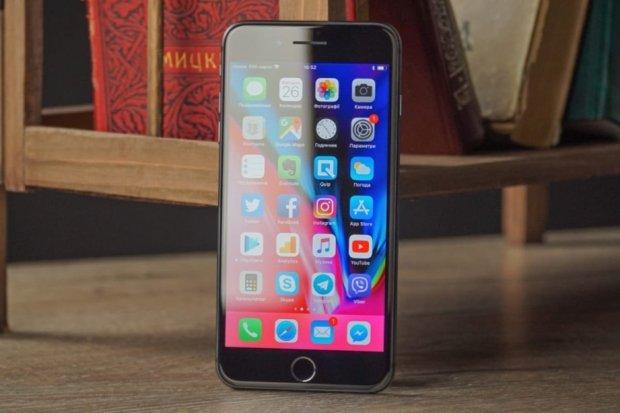 Цена iPhone 8 упала уже через неделю после старта продаж в России