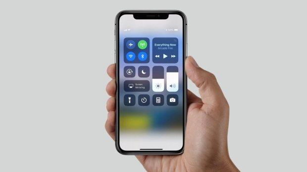 Пользователи iPhone X пожаловались что гаджет вырывает волосы